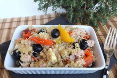 Insalata di quinoa con peperoni e tonno