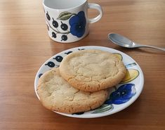 "White chocolate chip cookies (""Subway-style"") White Chocolate Chip Cookies, Breakfast, Desserts, Recipes, Blog, Style, Morning Coffee, Tailgate Desserts, Swag"