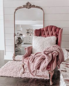 Shabby Chic Bedroom Design Ideas - The bedroom is the place where we can be ourselves and relax, read a book, watch television and of course sleep. Your bedroom is a peaceful place wher. Shabby Chic Bedrooms, Bedroom Vintage, Shabby Chic Homes, Shabby Chic Furniture, Shabby Chic Decor, Home Furniture, Rustic Furniture, Bedroom Furniture, Stylish Bedroom