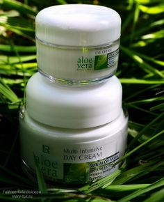 AloeVera Multi Intensive Day Cream и AloeVera Multi Intensive Eye Cream. L&R Health and Beauty Systems  http://mary-tur.ru/beauty/beauty-kak-letom-uhazhivat-za-kozhey/