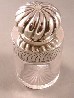 Victorian glass perfume scent bottle with Hallmarked Sterling Silver collar and lid. #antique #vintage