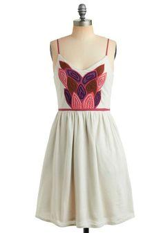 souvenir or far dress - this is beautiful!!!