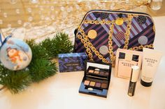 Shopaholic vs Fashionista: New Giveaway and Happy New Year!!!