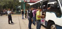 Polivargas detiene a 6 mujeres por riña colectiva