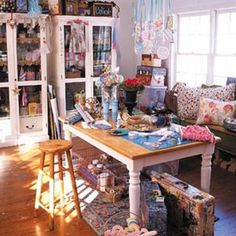 A Little Craft Room Love - EverythingEtsy.com