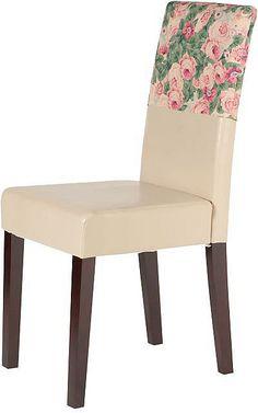 Die Stühle (2 Stück), aus FSC®-zertifizierter massiver Pinie, überzeugen durch die Geradlinigkeit und zeitlosem Design. Der Hochlehner ist bequem mit einem festgepolstertem Sitzkomfort und mit strapazierfähigem und pflegeleichtem Kunstleder bezogen. Mit den 2 mitgelieferten Hussen verleihen Sie dem Wohnambiente einen verspielten, romantischen Look. Sie bestehen aus 100% Baumwolle und sind bei 3...