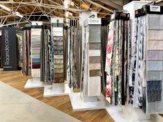 Showroom Interior Design, Interior Architecture, Boutique Window Displays, Fabric Display, Curtain Designs, Store Design, Penguin, Bedroom Decor, Mood