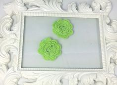 Hey, I found this really awesome Etsy listing at https://www.etsy.com/listing/200852774/green-crochet-flower-hair-clips-set-of