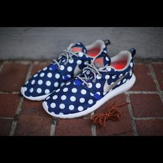 9066455b17fe1 Nike Roshe One NM CITY. This is the super rare and hard to find