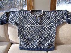 Ravelry: Project Gallery for Russian Prime Sweater pattern by Meg Swansen Pullover Design, Sweater Design, Knitting Books, Hand Knitting, Kreative Jobs, Gents Sweater, Pullover Mode, Only Jeans, Knitting Machine Patterns