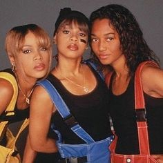 #tbt to the 90s when music was better style was wild and people just did their own thing.  #tlc #throwbackthursday #blackbox #blackowned #blackmade #curatedforhue #subscriptionbox #signup #supportblackbusiness #90s #tboz #lefteye #chili #blackgirlmagic #girlgroup