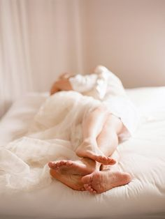 Couples boudoir (by Elizabeth Messina) Boudoir Photography, Lifestyle Photography, Couple Photography, Boudoir Photos, Food Photography, Wedding Photography, Elizabeth Messina, Wedding Boudoir, Love Again