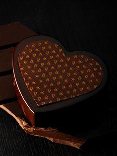 Cœur Origine de Pierre Hermé #herme #chocolat #pastry #gastronomy #macaronsetgourmandises