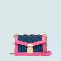 Borsa Miu Confidential in denim e pelle Calf Leather, Leather Shoulder Bag, Leather Bags, Miu Miu Handbags, Designer Shoulder Bags, Boutique, Manolo Blahnik, Fashion Brand, Calves