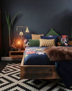 classic home decor [New] The 10 Best Home Decor Toda. : classic home decor [New] The 10 Best Home Decor Today (with Pictures) Home Bedroom, Bedroom Furniture, Home Furniture, Bedroom Decor, Linen Bedroom, Bedroom Apartment, Bedroom Ideas, Bedroom Designs Images, Modern Bedroom Design