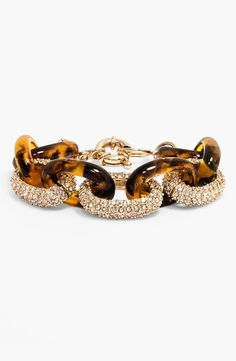 Adding this BaubleBar pavé accent link bracelet to the work wardrobe.