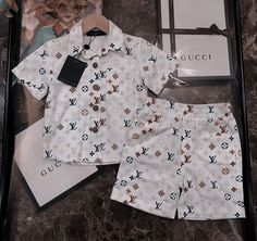 Toddler Boy Outfits, Cute Outfits For Kids, Toddler Fashion, Boy Fashion, Luxury Baby Clothes, Cute Baby Clothes, Cute Mixed Babies, Cute Babies, Ropa Louis Vuitton