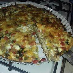 Reteta culinara Tarta cu legume si pui din categoria Pui. Cum sa faci Tarta cu legume si pui Quiche, Breakfast, Food, Pies, Salads, Morning Coffee, Essen, Quiches, Meals