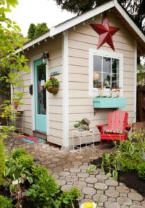 Tippy Stockton via Paper & Stitch, She Sheds via House of Hargrove