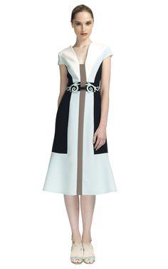 Comprar Vestido escote en V de crep de lana Carolina Herrera en Moda Operandi