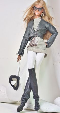 dollsalive fashion royalty,FR2 , Snow outfit,leather shoes,bag