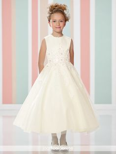 Joan Calabrese - 216313 - All Dressed Up, Flower Girl