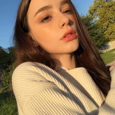 Industry Experts Give You The Best Beauty Tips Ever – Lazy Days Beauty Cute Girl Pic, Cute Girls, Best Beauty Tips, Beauty Hacks, Girls Selfies, Cute Beauty, Tumblr Girls, Aesthetic Girl, Ulzzang Girl