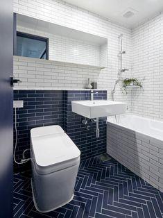 안녕하세요 :') 두오모 디자인입니다. 이번 현장은 호계동에 위치한 대림 아파트 32평 아파트 현장입니다. ... Tile Laying Patterns, Interior Architecture, Interior Design, Corner Bathtub, Home Accessories, Toilet, Modern, Bathroom Designs, Bathroom Ideas