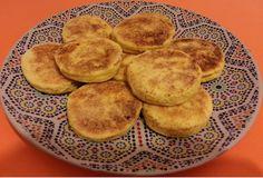 Harcha marroquí: pan de sémola dulce My Recipes, Favorite Recipes, Bread Machine Recipes, Arabic Food, Moroccan Style, Sin Gluten, Tapas, Make It Yourself, Breakfast