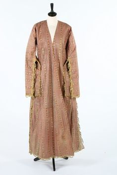 A striped peach silk brocade Entari , Ottoman, early 19th century, -(Pharyah)