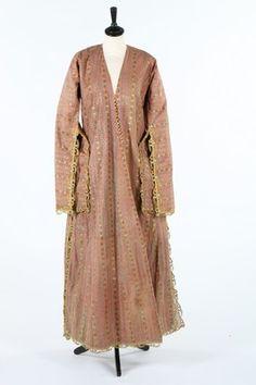 A striped peach silk brocade anteri robe, Ottoman, early 19th century, -