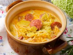 Thai Red Curry, Smoothie, Chili, Food And Drink, Soup, Lunch, Ethnic Recipes, Main Courses, Yummy Food
