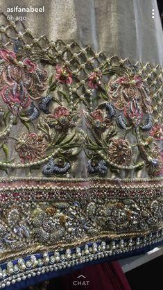 Zardozi Embroidery, Kurti Embroidery Design, Tambour Embroidery, Couture Embroidery, Embroidery Fashion, Hand Embroidery Designs, Vintage Embroidery, Beaded Embroidery, Embroidery Patterns