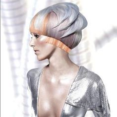Futuristic Look / Wella Professionals North American Trend Vision 2012 Finalists- Canada Suzanne Pack Futuristic Hair, Futuristic Outfits, Texture Hair Salon, Angelo Seminara, Hair Rainbow, Corte Y Color, Looks Black, Fantasy Hair, Hair Shows