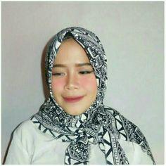Saya menjual Hijab Square Motif seharga Rp60.000. Dapatkan produk ini hanya di Shopee! https://shopee.co.id/dkiranaoktavianty/239941866 #ShopeeID