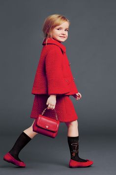 dolce and gabbana winter 2015 child collection 20 Little Kid Fashion, Little Girl Outfits, Kids Fashion, Cute Outfits, Fashion Outfits, Fashion 2018, Womens Fashion, Vestidos Dolce Gabbana, Dolce E Gabbana