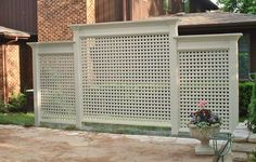 "As the old saying goes, ""Good fences make good neighbors."" Take a look at these ingenious homemade privacy screen. Pretty amazing, aren't they? ideas with hottub 28 Awesome DIY Outdoor Privacy Screen Ideas with Picture"