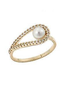 Χρυσό Δαχτυλίδι με Μαργαριτάρι 14Κ Αναφορά 019618 Ένα υπέροχο δαχτυλίδι κόσμημα κατασκευασμένο από Χρυσό 14Κ σε κίτρινο χρώμα το οποίο είναι διακοσμημένο με ημιπολύτιμες πέτρες (ζιργκόν) σε χρώμα λευκό και το μαργαριτάρι είναι φυσικό. Bracelets, Gold, Jewelry, Jewlery, Jewerly, Schmuck, Jewels, Jewelery, Bracelet