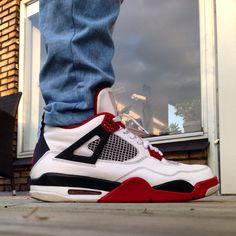 """Air Jordan 4 """"Firered"""""""