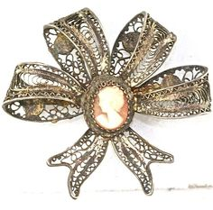 VINTAGE STERLING SILVER FILIGREE CAMEO BOW PIN