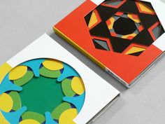 The kaleidograph is a simple but very effective card set, whereby one can make millions of different patterns. Just like a kaleidoscope. Made as an educational Paper Design, Book Design, Libros Pop-up, Cd Packaging, Paper Engineering, Paper Book, Handmade Books, Pop Up Cards, Book Making