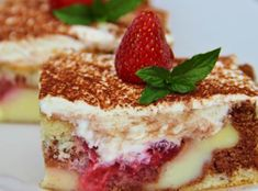 Pudink je oblíbený dezert, který je jednoduchý na přípravu a pochutnají si na něm děti i dospělí. Czech Recipes, Ethnic Recipes, Jacque Pepin, Summer Treats, Sweet Cakes, Sweet Desserts, Other Recipes, Tiramisu, Sweet Tooth
