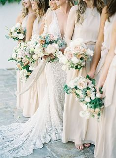 Organic Luxe Fine Art Wedding Styling with neutral champagne taupe bridesmaid dresses, and loose garden style bouquet buttercream and blush colored flowers wedding dress champagne White Wedding Bouquets, Floral Wedding, Wedding Colors, Wedding Styles, Lace Wedding, Dream Wedding, Decor Wedding, Bouquet Wedding, Wedding Ideas