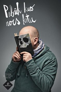 Skull022 © Love Agency for libraries campaign for librairies Vientu Monnaie
