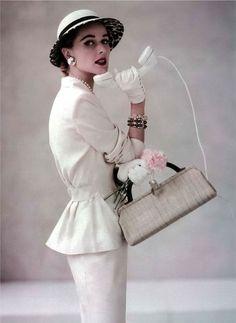 follow me @cushite Arbonne Lifestyle Consultant   IG: @abbeyrosef   50's lovin'   Christian Dior, 1952