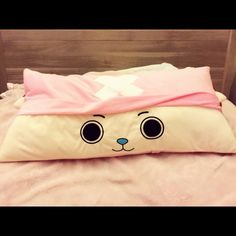 Animation One Piece Choppe Pillow Length 88cm, width 40cm. Touching soft. It can be used as a comfortable sofa cushion, also can be used as the bed pillows and lovely furnishings. ✅ Accessories