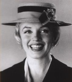 Avril 1958 - Marilyn on Line : Photographes