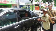 Suparman Kaget Becaknya Dihentikan Patwal Jokowi