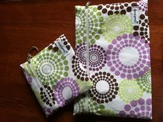 http://www.thesimplemoms.com/2012/10/express-your-style-with-maxwell-designs-review-and-giveaway.html#