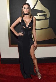 Alessandra Ambrosio Photos Photos - Model Alessandra Ambrosio attends The 58th GRAMMY Awards at Staples Center on February 15, 2016 in Los Angeles, California. - The 58th GRAMMY Awards - Red Carpet
